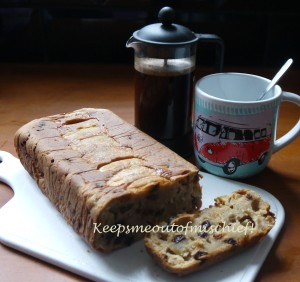Apple tea loaf